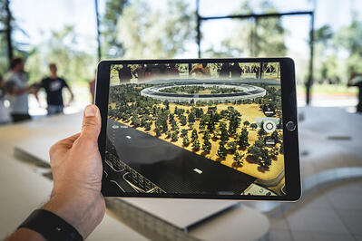 augmented-reality-tablet