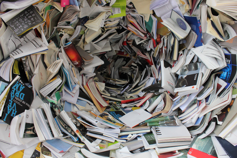 managing information overload with a knowledge base